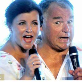EVERT TAUBE show på Engelsviken Brygge – Fulle hus – seniorene strømmer til!
